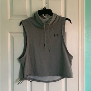 CUTE UNDER ARMOUR WORKOUT TOP